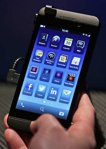 BlackBerry unveils BlackBerry Z10 and BlackBerry Q10 smartphones