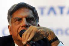 Tata threatens to move Nano out of Singur