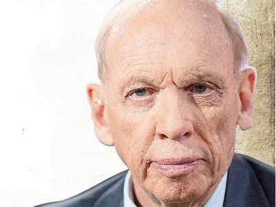 S&P 500 could climb to 2300, says Wall Street legend Byron Wien