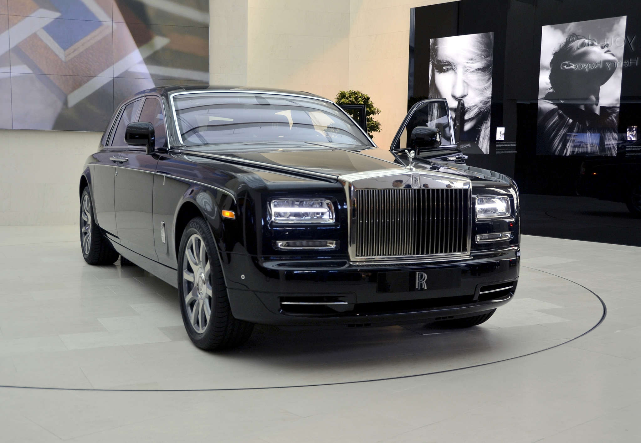 10 Most Expensive Cars Available In India The Economic Times