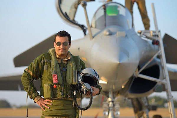 Flying a Rafale is an experience that money cannot buy, says billionaire Vikas Oberoi