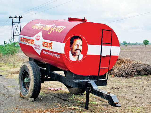 Is thriving sugarcane crop responsible for Maharashtra's Marathwada and Vidarbha's water woes?