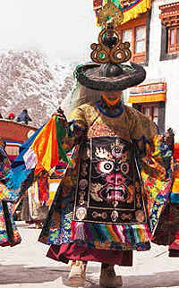 Explore the Thiksey region in Leh, discover many cultural secrets