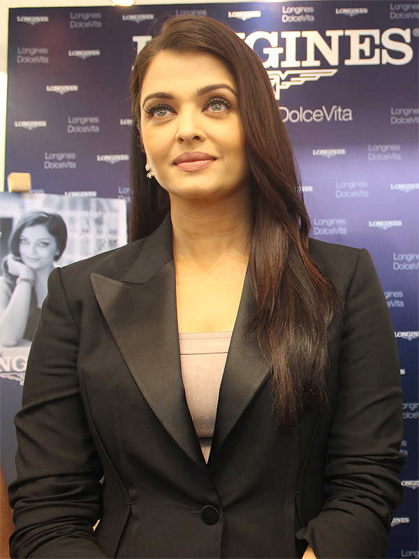 I would have done 'Jazbaa' even before I became a mother: Aishwarya Rai Bachchan