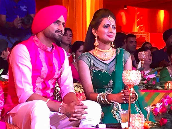 Harbhajan Singh, Geeta Basra post 'sangeet' pictures on Facebook, Instagram