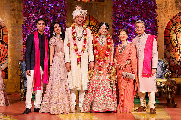 Hitched! Pawan Munjal's daughter Vasudha  marries Pankaj Dinodia