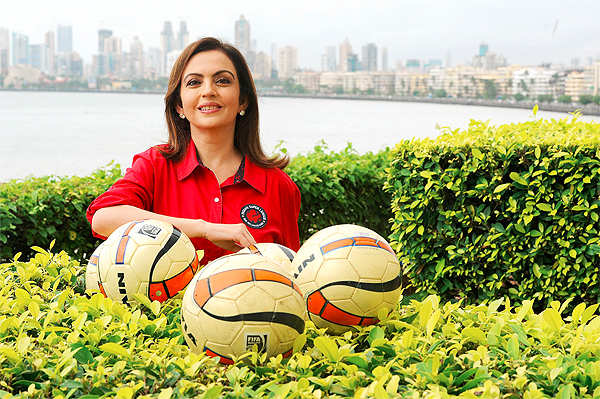 Admire the way Nita Ambani anchored the ISL, says IPL Pune owner Sanjiv Goenka