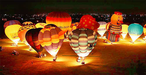 Let the spectacles blow you away, attend the Wairarapa Balloon Festival in New Zealand