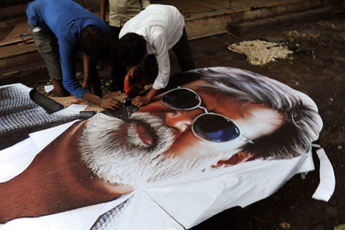 Die-hard Rajini fans lose out to companies in race for 'Kabali' tickets