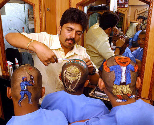 Indian men lap up grooming products; companies report swift sales