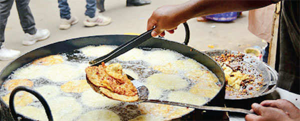 Monsoon cravings: From samosas to rasam, a look at the food that goes best with the rains
