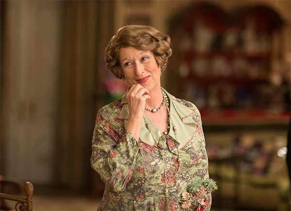 Meryl Streep slams Karl Lagerfeld over Oscars dress controversy, says he 'lied'
