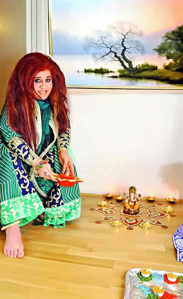 From a mother at 16 to the face of Indian beauty cosmetics, Shahnaz Husain's tale is inspiring