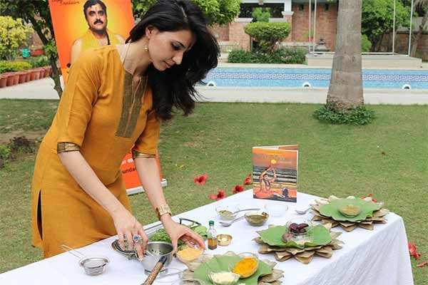 This Holi bid goodbye to chemicals and opt for these DIY organic colours