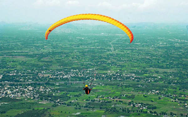 Planning your annual family vacation?Go camping, paragliding and rowing at Yelagiri & Kodaikanal