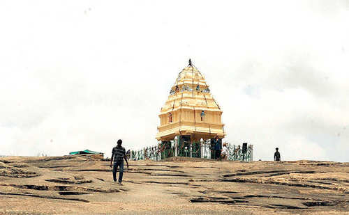 Layers of Lalbagh: From rocks dating back to 3,000 mn years and a watchtower built by Bengaluru's 'founder' Kempe Gowda