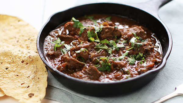 Taste some nostalgia this Independence Day with this railway lamb curry