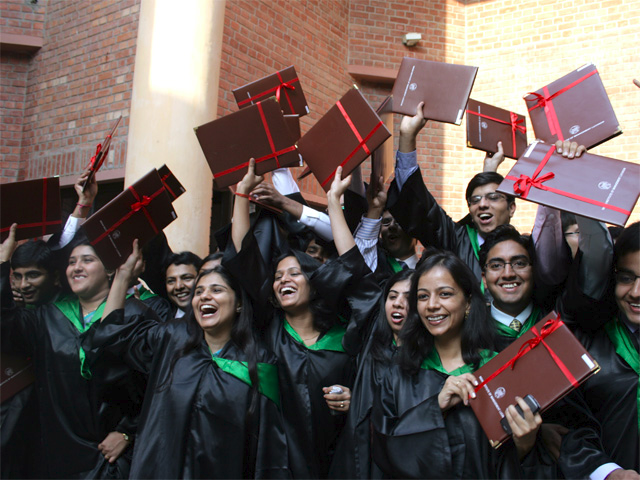 ET Top Recruiters Survey: Cognizant back on top with most hires from B-schools thumbnail