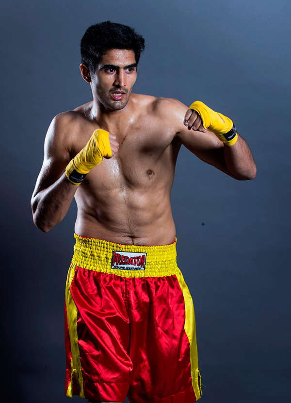 Mary Kom should have turned pro after winning Olympic bronze: Bill Dosanjh