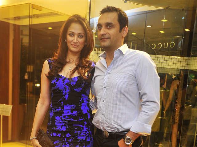 Quaint, vacay getaways for Virat Kohli, Rahul Sharma and wife Asin