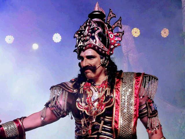 Mukesh Rishi roams Delhi streets dressed as Ravana, gets challaned for riding bike wearing crown