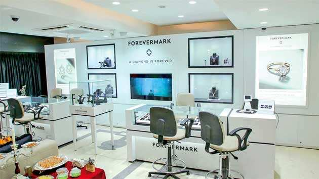 What is really going on behind Surat's high-tech, labour-intensive diamond industry?