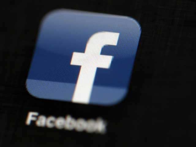 Facebook and Instagram down for some users thumbnail