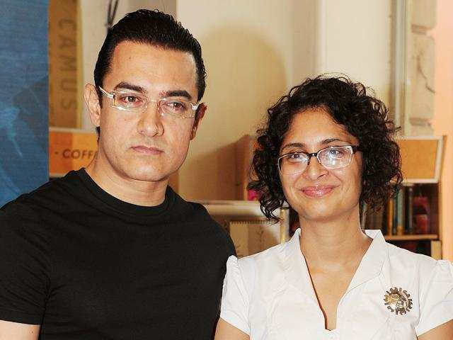 Aamir Khan relaxes while Anil Kapoor graces cleanliness campaign