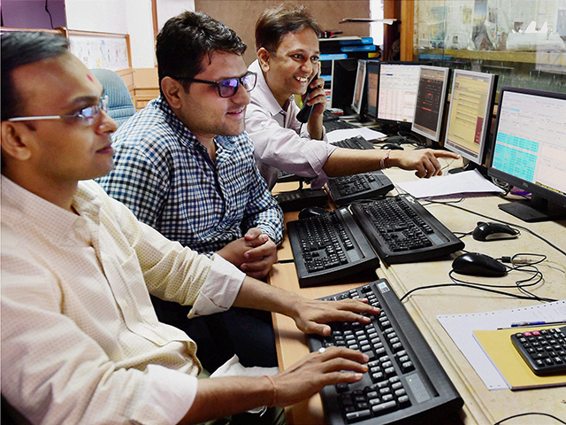 After Hours: Telecom stocks rally; 86 stocks at 52-week high