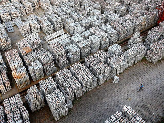 Market Now: Metal stocks lose shine; Nalco cracks 2%
