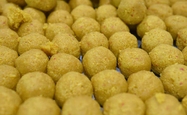 Diwali is the time to gorge on sweets and fried food: Smart tips to avoid weight gain