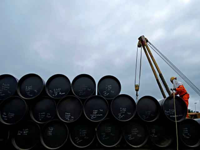 Oil stable on tightening fundamentals, but China spooks market thumbnail
