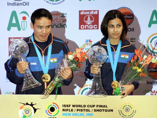 Shooters Jitu Rai, Heena Sidhu win gold at World Cup thumbnail