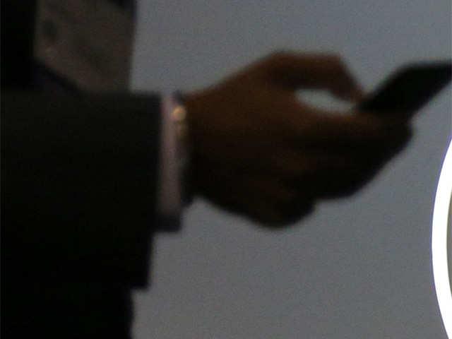 Apply same data protection rules on OTTs: Big telcos to Trai thumbnail