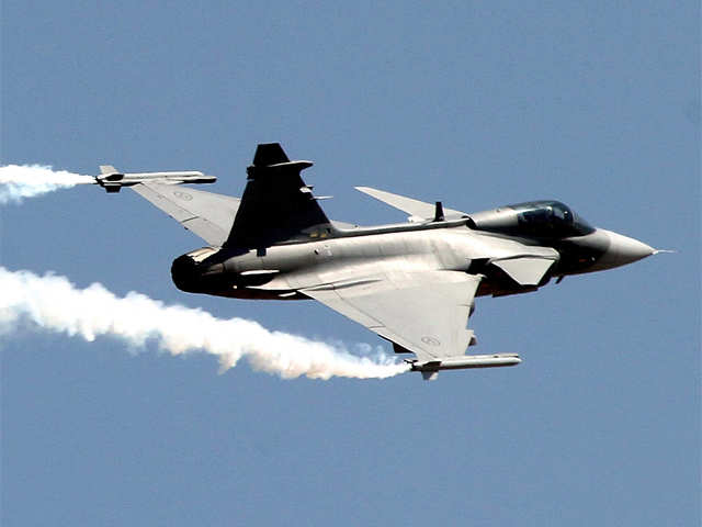 Eyeing jet deal, Saab offers full tech transfer to India