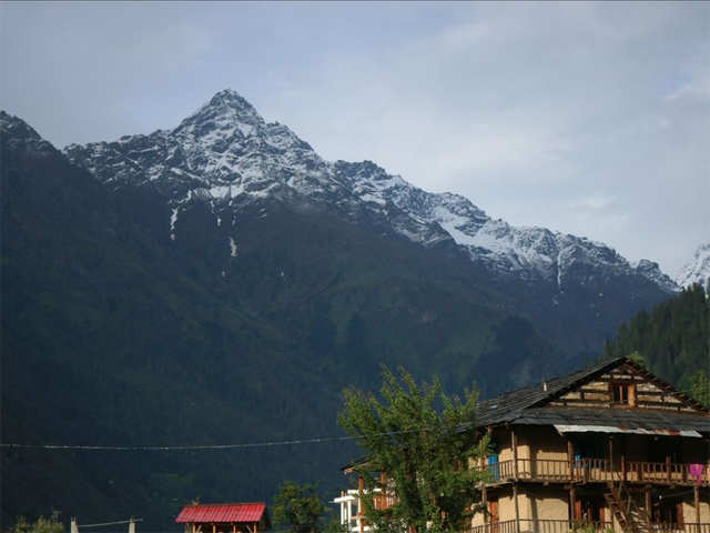 Head to Sonmarg, Pulga if you want to have winter vacation full of snow