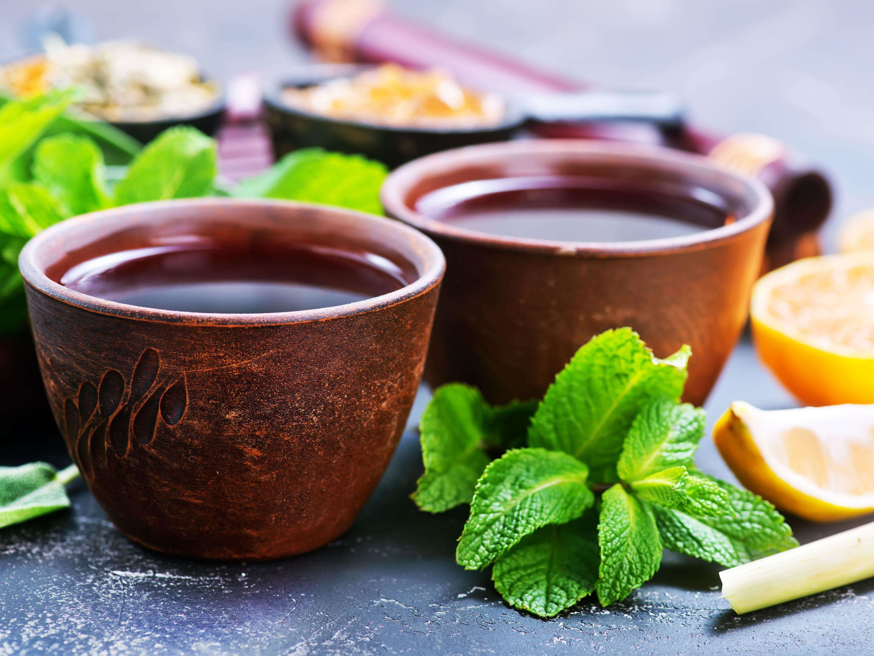 Drinking a hot cup of tea daily can lower risk of glaucoma