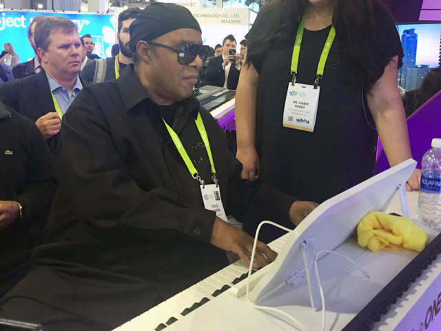 Technology to change music: This smart piano will teach people how to play