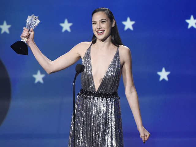 Gal Gadot delivers inspiring speech on gender equality at Critics' Choice Award