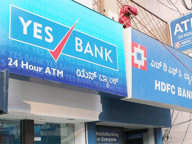 Yes Bank ties up with Amplus Energy Solutions thumbnail
