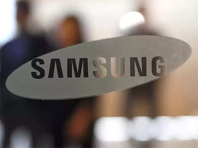 Global smartphone sales down 4.6%, Samsung retains top spot thumbnail