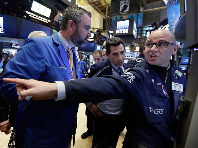 Nike lifts S&P and Dow, chip stocks weigh on Nasdaq thumbnail