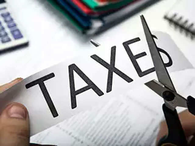Tax Optimiser: How Madhok can use NPS, health cover to cut tax outgo by over Rs 53,000 thumbnail
