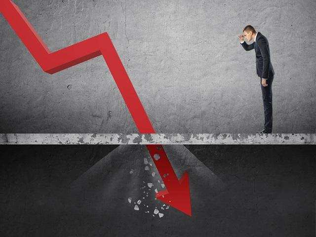 Equity mutual fund inflow slumps 59% to Rs 6,657 crore in March thumbnail