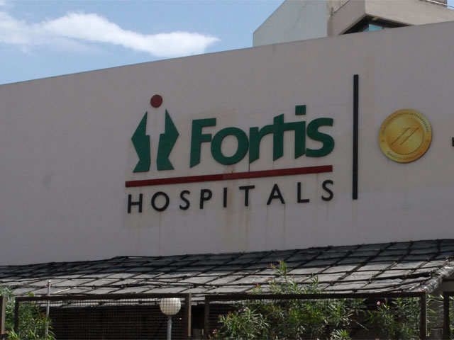 Fortis Healthcare's board forms expert panel to assess binding bids thumbnail