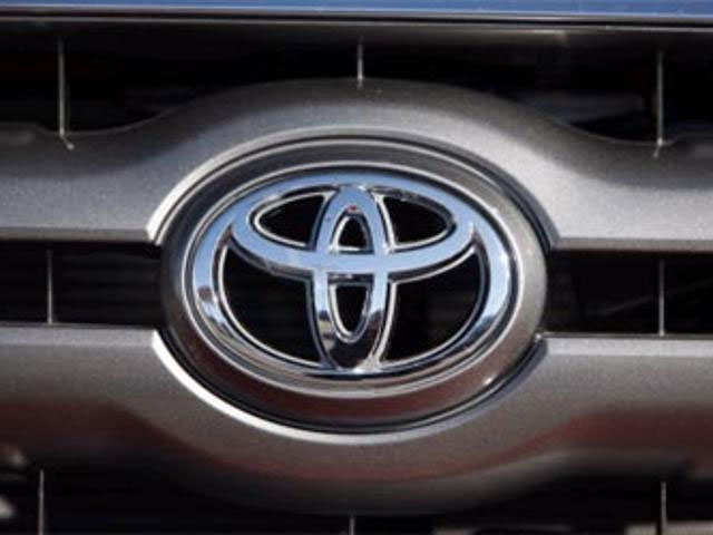 Toyota, Maruti Suzuki set to clash on shared models thumbnail