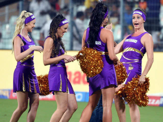 Star India mulls telecast of IPL final, knockout matches on Star Plus thumbnail