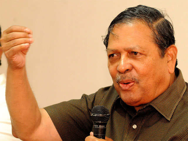 Both Congress, BJP are corrupt: Former Karnataka Lokayukta Justice Santosh Hegde thumbnail