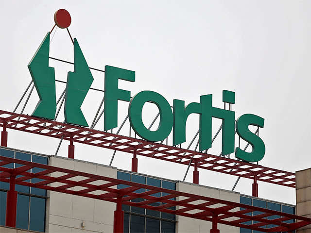 View: Someone give Fortis directors a discharge slip thumbnail