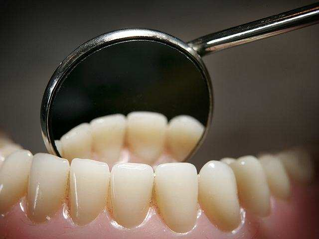Struggling with tooth sensitivity? New material can help regenerate tooth enamel